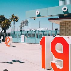 THINK BLUE: Dodger Stadium opened in 1962 and hasn't stopped serving this city since. From baseball games to local events this stadium has been the center of activity here in Los Angeles time and time again. Like if you've been part of its history and explored this classic spot.  #LAHistory #DodgerStadium #LosAngelesDodgers #Hotspot #CultureTrip #LosAngeles  photo via @breannagarcia01 by culturetriplosangeles