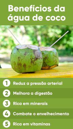 Tomar a água de coco é uma ótima forma de se refrescar num dia quente ou repor os sais minerais perdidos através do suor numa atividade física. Tem poucas calorias e praticamente nenhuma gordura e colesterol, tendo mais potássio que 4 bananas.