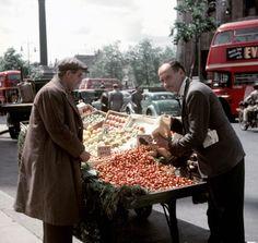 Selling vegetables at Trafalgar Square, 1955.