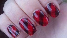red plaid nails #nailart