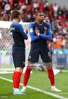Kylian Mbappe of France celebrates with teammate Antoine Griezmann after scoring his team's first goal during the 2018 FIFA World Cup Russia group C match between France and Peru at Ekaterinburg Arena on June France National Football Team, France Football, Football Soccer, Football Shirts, Football Players, Antoine Griezmann, France World Cup 2018, France 1, France Fifa