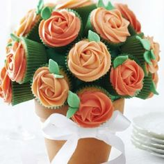 Delicious, delicate little cupcakes that also make a glamorous centrepiece: #SummerFood