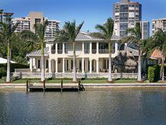 Tour Nba Legend Larry Bird's Mansion