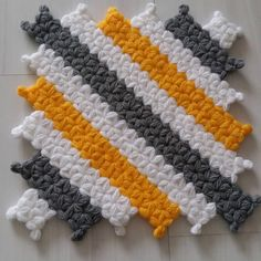 Crochet Beautiful Designs With Knitting Patterns - Home Ideas Slip Stitch Crochet, Crochet Ripple, Baby Knitting Patterns, Crochet Patterns, Crochet Micro Braids, Braidless Crochet, Crochet Buttons, Chiffon, Crochet Videos