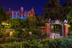 13 Reasons Why We Love Disney's Haunted Mansion