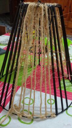 stinidlo z papirovych trubicek a provazku