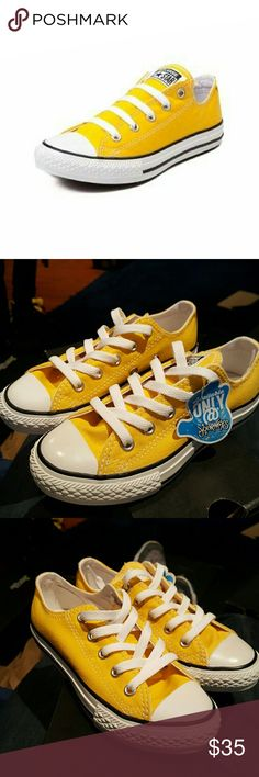 41d726a08a9624 Youth Converse Chuck Taylor All Star Lo Sneaker Classic Converse Low Top  Chucks for the younger