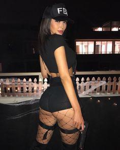 FBI, drop your weapon Más buen 😗😗😗😗😗😘😘😍as Fantasias Halloween, Sexy Halloween Costumes, Halloween Ideas, Halloween Disfraces, Tumblr Girls, Sexy Ass, Cosplay Girls, Fashion Week, Fancy Dress
