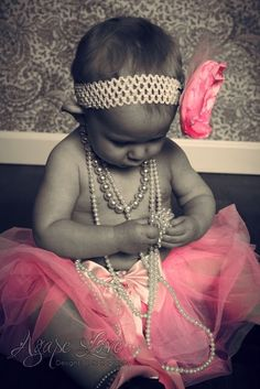 tutu and pearls. I love tutus & pearls! My Liberty wud look beautiful Photo Bb, Kind Photo, Wow Photo, My Baby Girl, Baby Love, 2nd Baby, Baby Baby, Pink Girl, Baby Girls