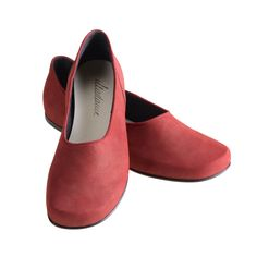 Madame Wunder | GEA Kids Boots, Shoe Boots, Shoes, Flats, Fashion, Keep Running, Leather, Loafers & Slip Ons, Moda