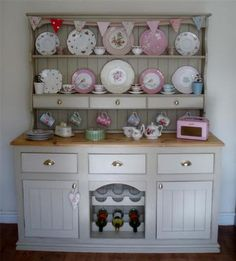 Glazed Shelving In 16th Century Home   English Country Style   Pinterest    16th Century, Shelving And Shabby