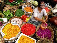 Marché aux offrandes à Bali - Indonésie