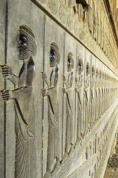 Ancient Mesopotamia, Ancient Civilizations, Iran, Shield Drawing, Sunset Wallpaper, King Of Kings, Stone Carving, Ancient Art, Prehistoric