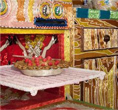 Kitchen, 1991-1996. Room made of glass beads, wood, wire, plaster and artist's used appliances. 168 square feet; over 30 million beads. Artist: Liza Lou