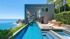 Matthew Perry's Malibu home - amazing pool, gorgeous outdoor area overlooking beach