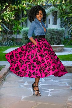 Style Pantry | Fitted Denim Shirt + Shirred Floral Skirt Classy Outfits, Pretty Outfits, Chic Outfits, Beautiful Outfits, Fashion Outfits, Fashion Pics, Beautiful Things, Fashion Ideas, Black Fashion Bloggers
