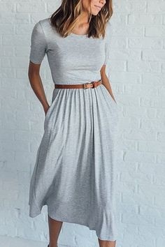 perfessional outfits work attire Modest Casual Outfits, Dress Outfits, Gray Dress Outfit, Cruise Outfits, Summer Outfits, Comfy Dresses, Cute Dresses, Midi Dresses, Work Attire Women