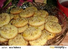 Švýcarské kokosové sušenky recept - TopRecepty.cz Czech Recipes, Ethnic Recipes, Baking Recipes, Cake Recipes, Sweet Pastries, Biscuit Cookies, Holiday Cookies, Desert Recipes, Christmas Baking