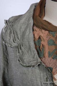 Celia Duster Coat in Ivy/Antique White Linen. By Ivey Abitz