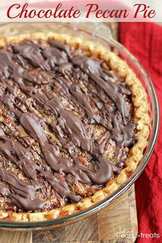 Chocolate Pecan Pie ~ A Traditional, Classic Pie Loaded with Pecans and Drizzled with Chocolate! My sister makes this. It's absolutely delicious but take small bites and eat slowly.it's super rich! Just Desserts, Delicious Desserts, Yummy Food, Yummy Yummy, Pie Dessert, Dessert Recipes, Dessert Ideas, Cheesecakes, Scones