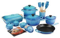 Le Creuset 20-piece Cookware Set - CARIBBEAN - Enamel coated cast iron