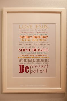 Free download: Family Rules wall art from Kelly Harper Photography. (Scroll down to link for download.)