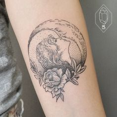 How cool would it be to kiss the sun Kissing the moon... Romantic tattoo by Bicem Sinik.