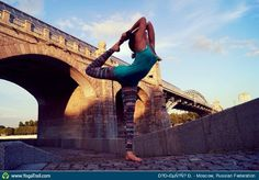#Yoga Poses Around the World: Dancer Pose taken in Moscow, Russian Federation by Олеся Ш.
