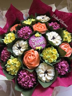 Cupcake Bouquets, Floral Cupcakes, Cookie Bouquet, 50th Birthday, Birthday Ideas, Succulent Cupcakes, Pull Apart Cupcake Cake, Cupcake Decorations, Car Cakes