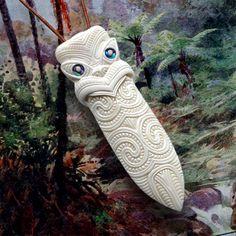 Maori Necklace, New Zealand Tribal Bone Carving Pendant, Handmade by Tuwharetoa Bone® Native Taiaha Weapon, Spearhead Design Maori Tribe, Maori Patterns, Tiki Tiki, Maori Art, Paua Shell, Kiwiana, Indian Gowns, Bone Carving, Polymer Clay Jewelry