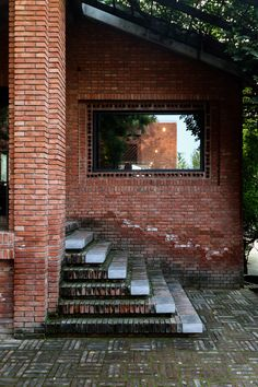 Dong Yugan uses brick to form sculptural surfaces and playful structures at Red Brick Art Museum Dezeen Architecture, China Architecture, Brick Architecture, Modern Architecture Design, Brick Art, Brick Design, Red Bricks, Fasade House, Brick Construction