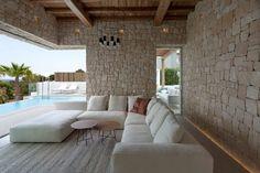 Modern beach house located in Denia, Spain, designed in 2016 by Antonio Altarriba Comes. Modern Villa Design, Tadelakt, Rustic Contemporary, Architect House, Architecture Design, Beach House, Outdoor Furniture Sets, House Design, Patio