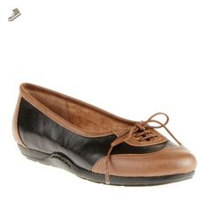 Easy Spirit Women's Pagerly Flats, Black/Bison, 7 N/2A - Easy spirit flats for women (*Amazon Partner-Link)