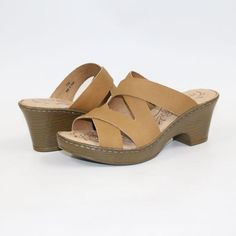 50e55ecc6476 2018 new women s slippers Leather Sandals Handmade slippers Comfortable  shoes. Yesterday s price  US  51.00