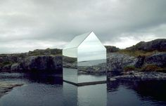 The Mirror House by Ekkehard Altenburger was a temporary (1996) installation on the Isle of Tyree in Scotland that captured stunning reflections of the surrounding landscape in its surface. More: http://www.mymodernmet.com/profiles/blogs/ekkehard-altenburger-mirror-house