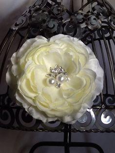 Cream hair flower, cream hair clip, cream flower with bling center, hair clip hair accessory, cream hair accessory, beautiful flower clip by VittysPretties on Etsy