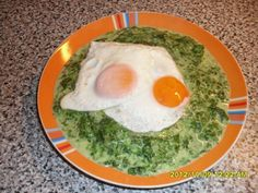 Spanac scazut cu lapte si ochi de ou - imagine 1 mare Stevia, Eggs, Breakfast, Recipes, Sweet, Europe, Morning Coffee, Recipies, Egg