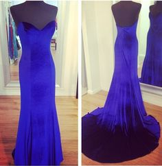 This would be the perfect Anastasia dress