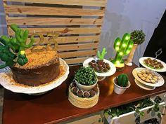 Festa de Adulto: Delicada como um Cacto! - Guia Tudo Festa - Blog de Festas - dicas e ideias! I Party, Party Time, Party Ideas, Cake Games, Mexican Party, Party Stores, Deserts, Birthday Parties, Snacks