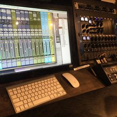 The new Slate Raven studio at SAE. Touch screen pro-tools + an amazing selection of pre-amps, compressors and eq's. Audio Post Production, Recording Equipment, Studio Gear, Home Studio Music, Sound Design, Recording Studio, Slate, Raven, Geek Stuff