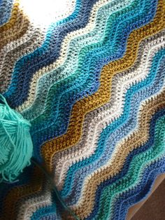 Col ors byBunny Mummy: crochet sand and sea ripple, pattern Neat Ripple by Attic24