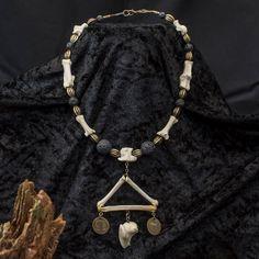 Triangulum Necklace