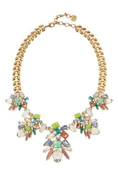 Discover classy statement jewelry like the Elegant Trellis Statement Necklace. Adding a glamour & tasteful addition to any wardrobe with Stella & Dot.
