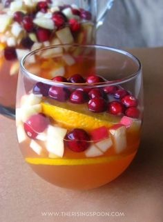 & Winter White Wine Sangria White Wine Sangria with Cranberry, Orange & Apple -- Lots of fall flavors perfect for your Thanksgiving feast!White Wine Sangria with Cranberry, Orange & Apple -- Lots of fall flavors perfect for your Thanksgiving feast! Thanksgiving Drinks, Holiday Drinks, Fun Drinks, Yummy Drinks, Beverages, Thanksgiving Sides, Thanksgiving Appetizers, Hard Drinks, Best Thanksgiving Recipes