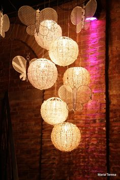 para brilhar mais uma festa de 15 anos mobiles misturados com luminarias: