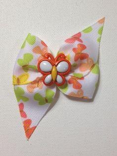 Collar bow