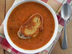 Yates Yummies: Roasted Tomato Soup & Grilled Cheese Crouton