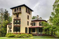 Locust Grove Estate in Poughkeepsie is the site of a Wellness Retreat for people with early- to middle-stage Alzheimer's and their family caregivers from 10 a.m. to 2 p.m. Tuesday, July 19. Activities include garden and mansion tours, music and art therapy and caregiver massage. Call Joan Carl at 800.272.3900 if you're interested to RSVP by July 15.