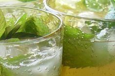 Punch-style Mojito makes for pretty presentation and less mixing.  ;)
