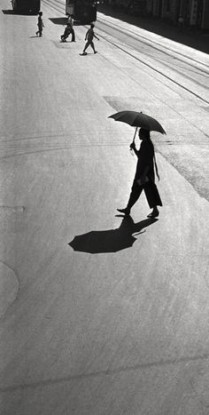 Fan Ho | Umbrellas